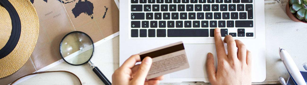 Paiement par carte bancaire via un ordinateur